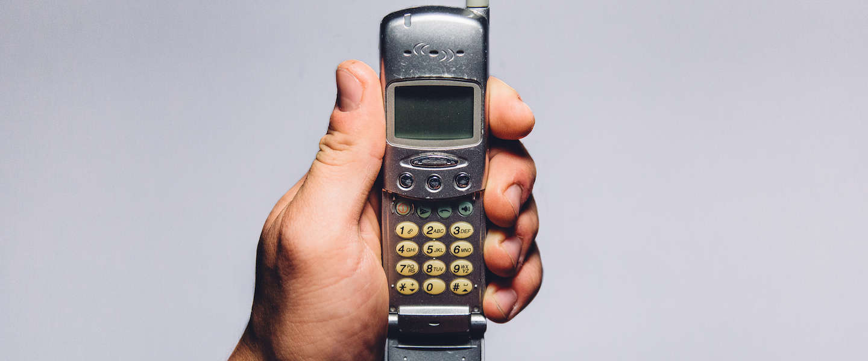 Viral video: hoe we in 1999 over mobieltjes dachten