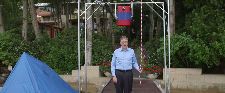 Het antwoord van Bill Gates op de Ice Bucket Challenge (World's Nerdiest Video)