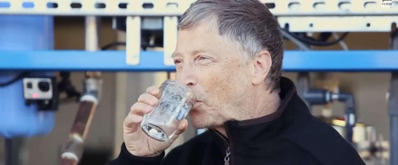 Bill Gates test machine die uitwerpselen verandert in drinkwater