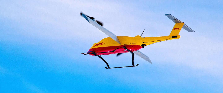 DHL bezorgt pakketjes met een drone