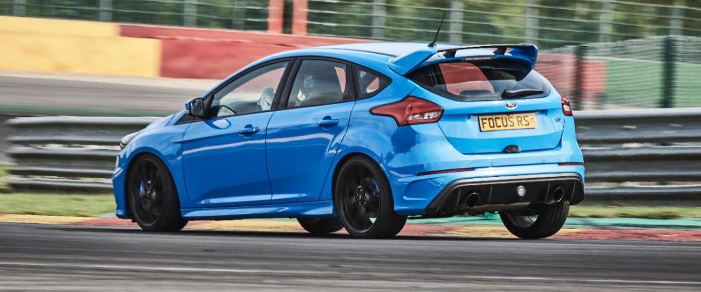 Ford laat snelle digitale racers circuit-racen met een Focus RS