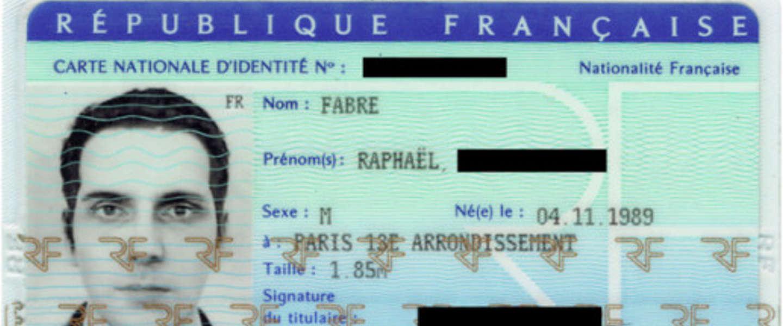 Fransman stuurt 3D-beeld door voor paspoortfoto - met succes