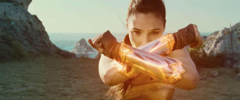 De mooiste filmposter van 2017: 'Wonder Woman'