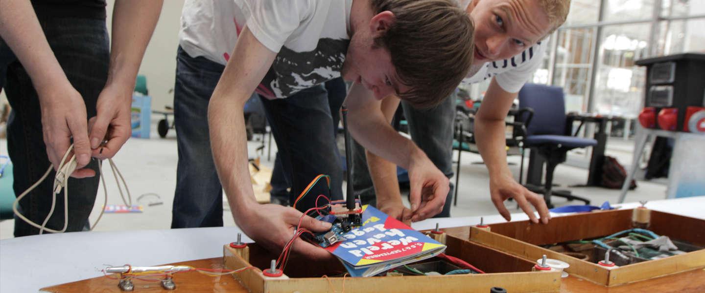 Zeeslagje spelen, for real! World Port Hackathon update #WPH2014