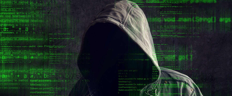 Politie en cybercriminelen zijn op zoek naar medewerkers met dezelfde vaardigheden