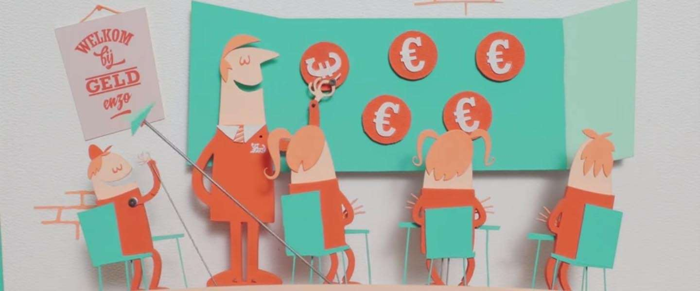 ING recyclet oude kuipstoeltjes en papier-macheet met oude bankafschriften in animatievideo
