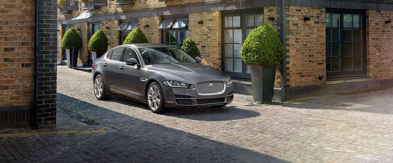 Uber neemt in Nederland 50 Jaguars XE in gebruik