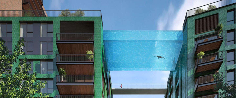 Zwevend glazen 25-meterbad in Londen