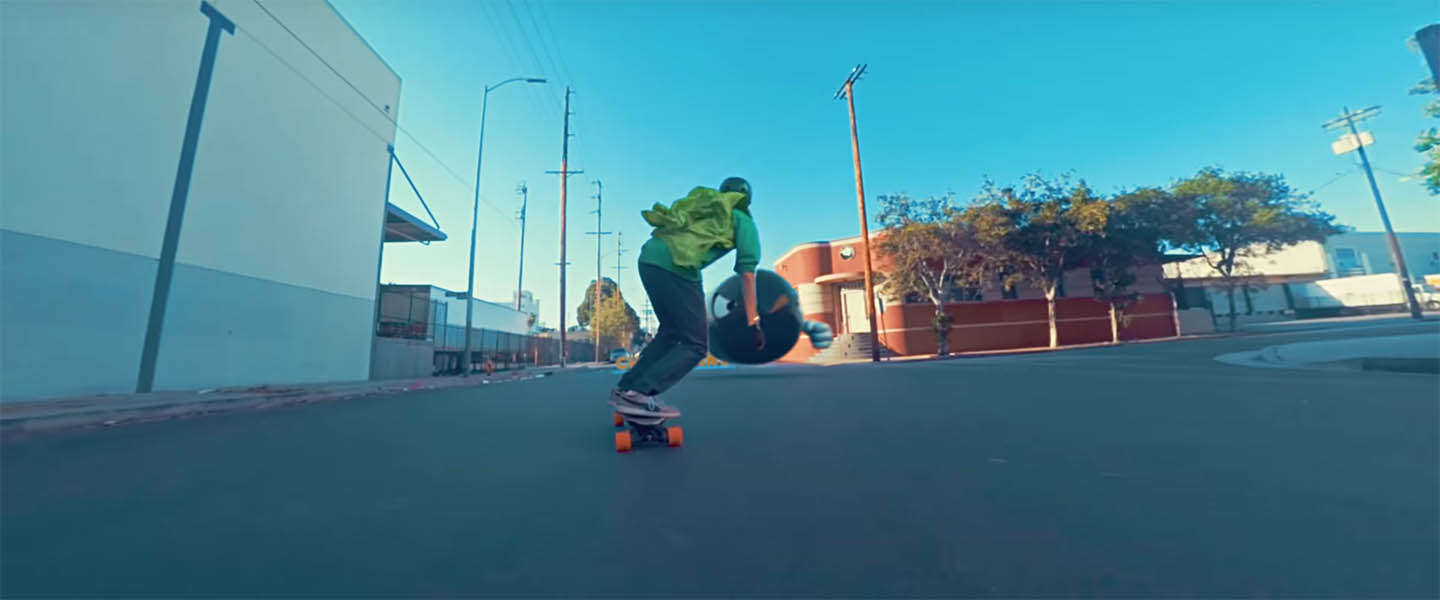 Going viral: Mario Skate [video]