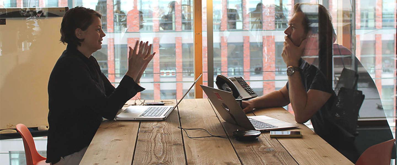 Microsoft Teams verbindt de bureauloze medewerker en vernieuwt samenwerken