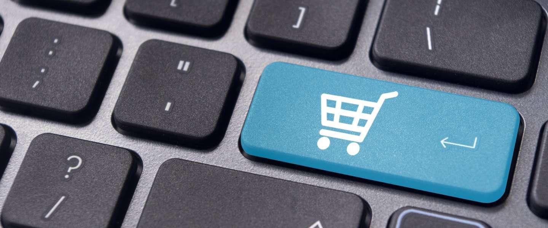 Steeds meer ouderen vinden de weg naar online shops [Infographic]