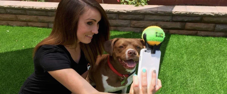 Neem de beste selfies van jou en je hond met de Pooch Selfie!