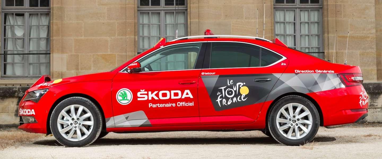 Tour de France begroet de nieuwe Škoda Superb