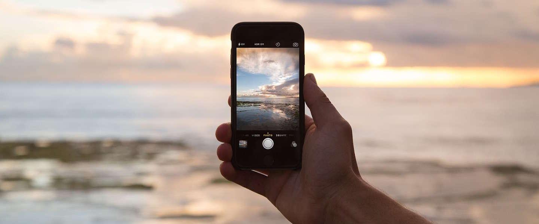 Denk na over wat je plaatst op social media als je op vakantie bent
