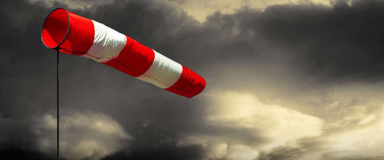 Het stormt in Nederland, eerste zware westerstorm is een feit