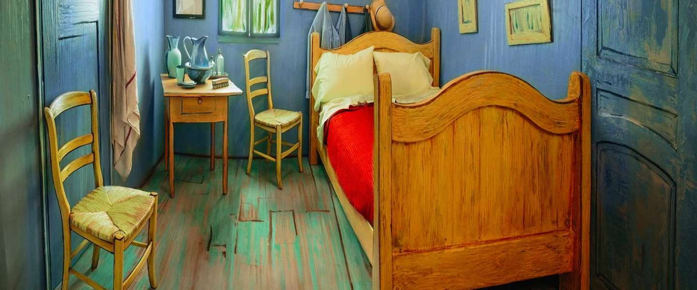 Slaap via airbnb een nachtje in een kunstwerk van van gogh - Kamer schilderij ...