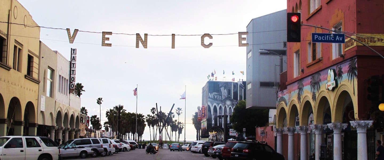 Neem een kijkje op een leeg Venice Beach in deze drone-video!