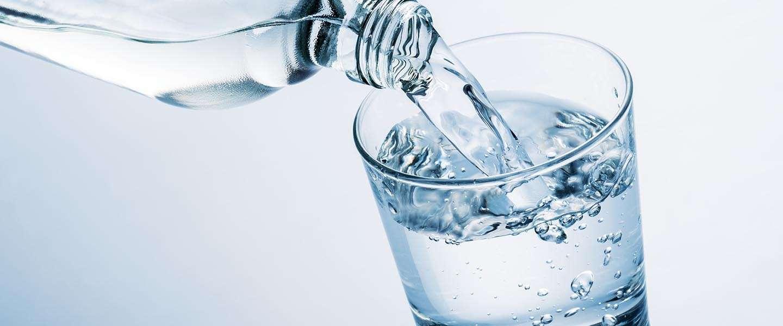 [Prank] Kraanwater verkopen als gezond bronwater uit IJsland
