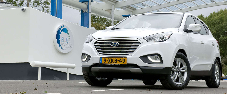 Eerste waterstofauto op Nederlands kenteken