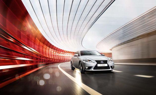 1,6 miljoen kilometers in de Lexus IS 300h HYBRID