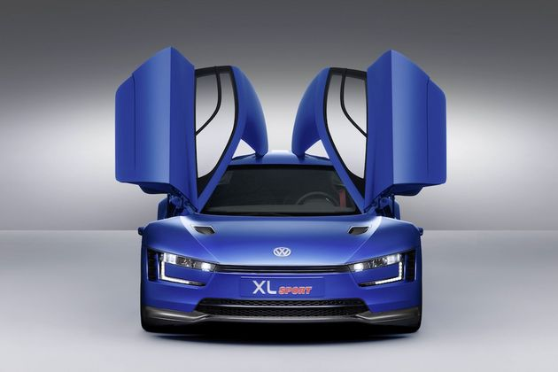 10-Volkswagen-XL1-DB2014AU01218_large