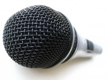 1116692642microphone_by_lens