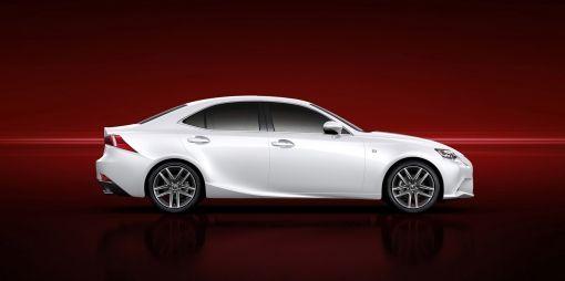 1301-04-Lexus_presenteert_de_nieuwe_IS_op_de_Detroit_Motor_Show_2013