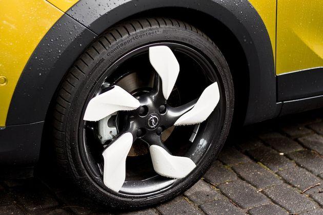 Opel_Adam_Rocks_Riga_wielen