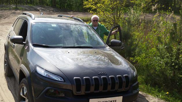 Jeep_Cherokee_Trailhawk