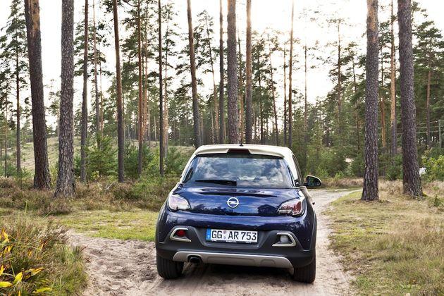 Opel_Adam_Rocks_Riga_back