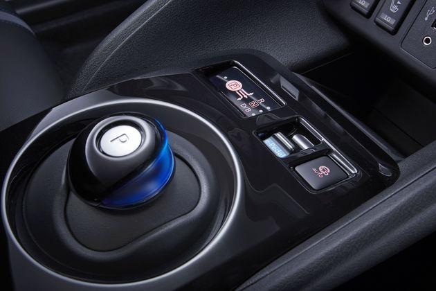 6_Nieuwe-Nissan-LEAF-geeft-elektrisch-rijden-een-nieuwe-lading