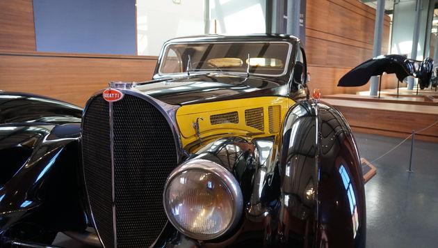 Bugatti_Atalante_Mulhouse
