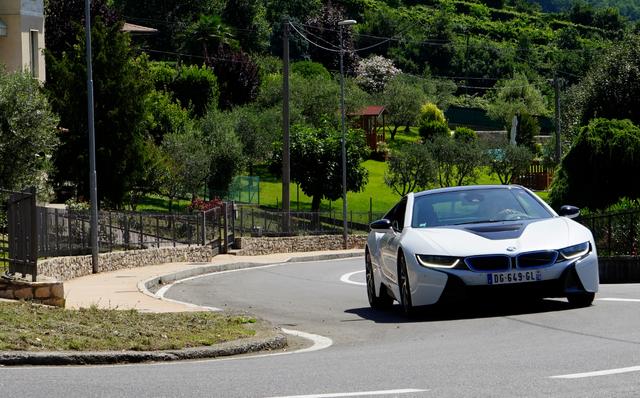 BMW_i8_Milaan