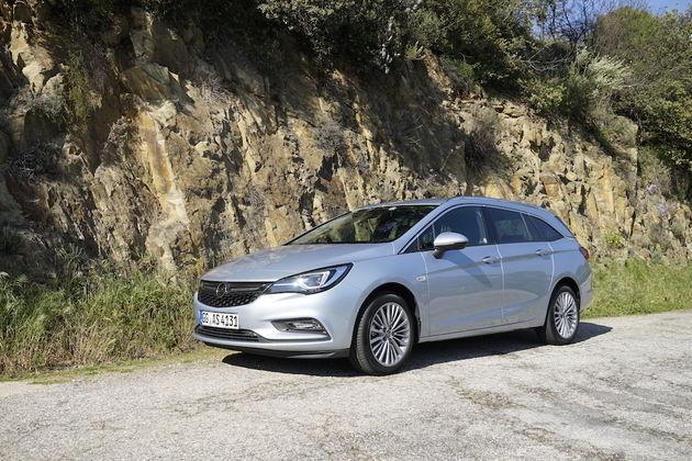 Opel_Astra_Sports_Tourer_2