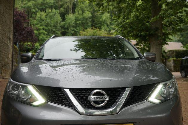 Nissan_Qashqai_2014_8