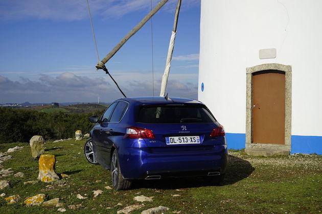 Peugeot_308_GT_hatchback_molen_2