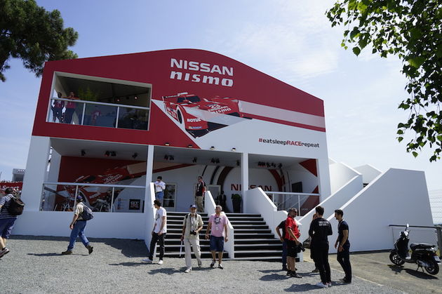 Nissan_24_uur_le_mans_booth