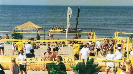 Dutchcowboys & Mixed Media on the Beach