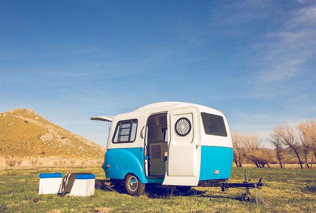 happier-camper-blauw