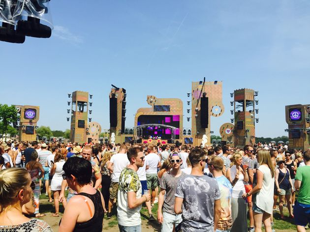 Extrema Outdoor The Diamond mainstage