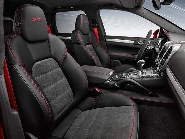 interieur_Porsche-Cayenne-GTS