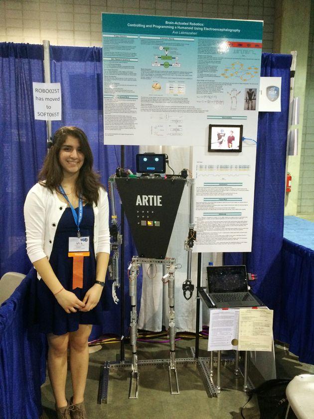 ISEF2015 INTEL ROBO027I Ava Lakmazah Robot HumanoidElectroencephalography