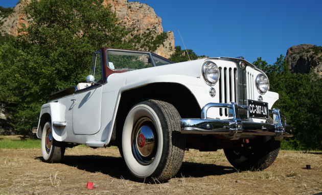 Jeep_Camp_2016_heritage_classic_jeep_jeepster