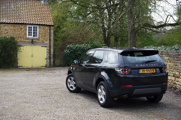 Land Rover Discovery Sport -7- CarRepublic - Wouter Spanjaart