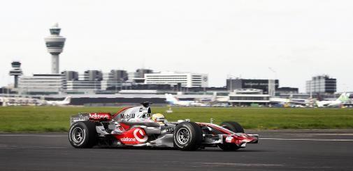 Lewis Hamilton verslaat Vodafone netwerk