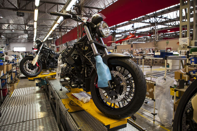 Moto_Guzzi_factory7