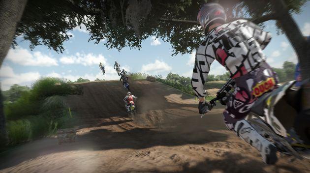 MX vs ATV: Alive beukt zich een weg naar de finish