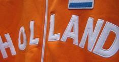 Nederland verslaat Frankrijk en kleurt Oranje