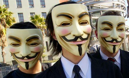 Online anonimiteit stimuleert hatelijk of negatief commentaar