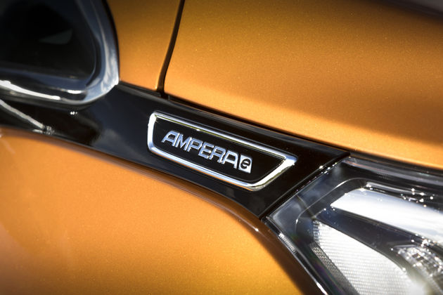 Opel_Ampera-e-11